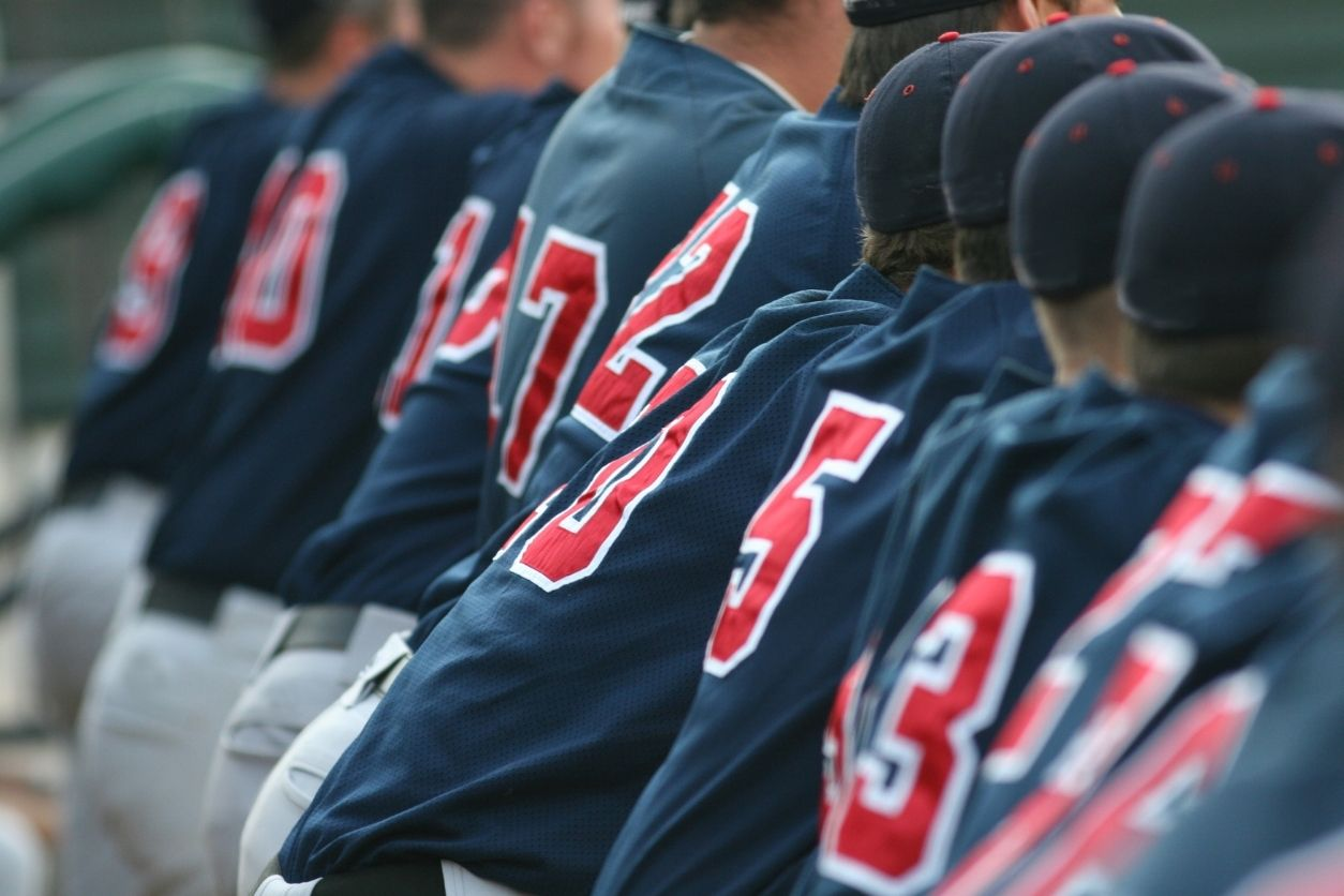 Don't make a uniform decision when it comes to recruiting or playing college sports - captainu recruiting blog article
