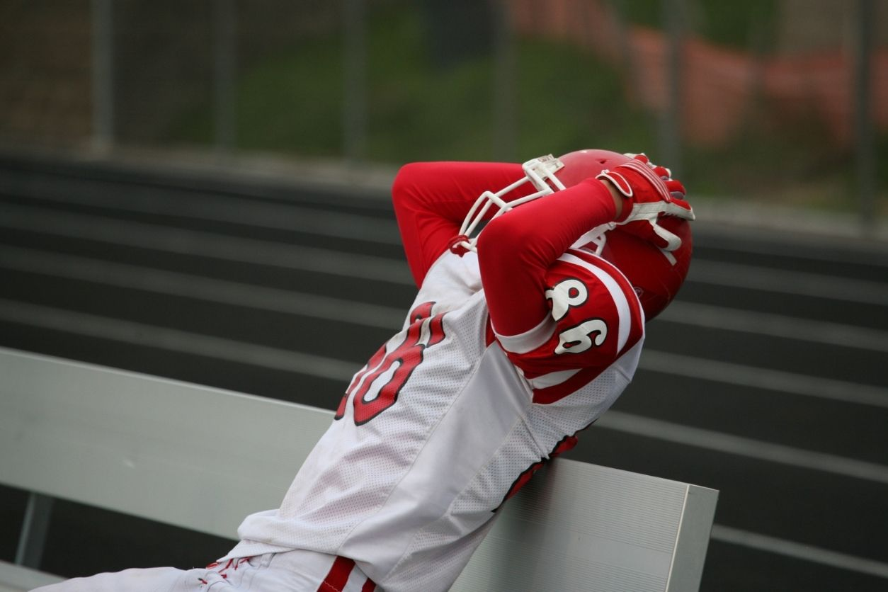What Does Your Body Language Say To College Coaches? - captainu college sports recruiting blog article